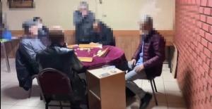 Kumar sevdası korona virüs dinlemeyen 6 şahsa ceza kesildi