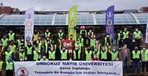 Rektör Ünal, öğrencilerle daha temiz doğa için çöp topladı