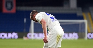 Süper Lig: Medipol Başakşehir: 0 - Çaykur Rizespor: 0 (İlk yarı)