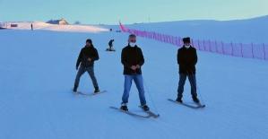 Türkiye'de eşi benzeri olmayan kayak takımı görenleri şaşırtıyor