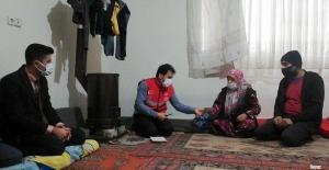 Yangında evleri küle dönen Suriyeli aileye barınma ve eşya yardımı yapılacak