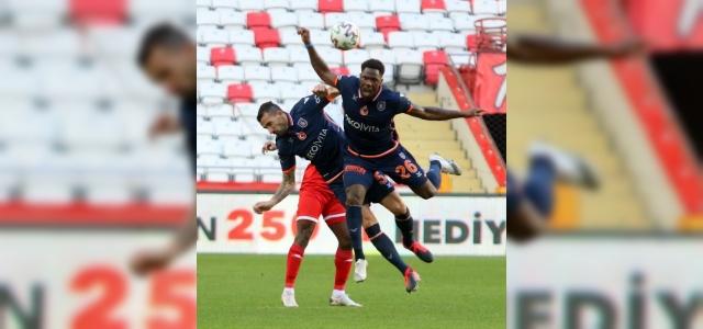 Başakşehir'de galibiyet hasreti 9 maça çıktı