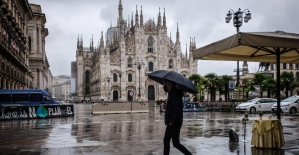 İtalya'da son 24 saatte Covid-19'a bağlı 331 can kaybı
