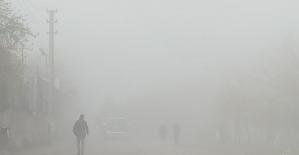 Kahta, 2 haftalık kısıtlamaya sisle uyandı
