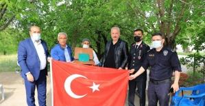 Başkan Güder'den şehit ve gazi ailelerine bayram ziyareti