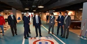 'Stadyum Genç Ofis' gençleri bekliyor