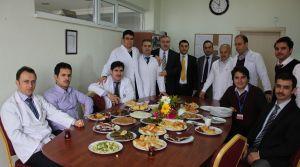 Fatih Koleji sınıf annelerinden 'Öğretmenler Günü' ikramı