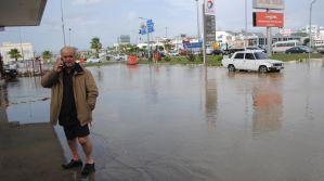 Manavgat'ta sağanak yağış: 200'ün üzerinde ev ve iş yeri sular altında kaldı