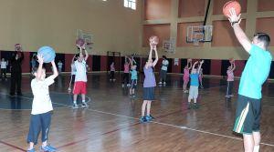 Minik basketçilere özel antrenman