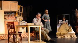 'Ödenmeyecek Ödemiyoruz' tiyatro oyunu sanatseverlerle buluşuyor