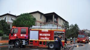 Yaşlı çiftin evi yangında kül oldu