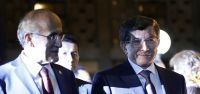 Başbakan Davutoğlu: Meclis'e bir seviye...